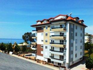 آپارتمان در کستل ، آلانیا  - مدرن و در امتداد ساحل