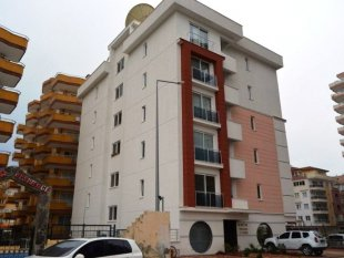 املاک در آلانیا - یک اپارتمان 40 متری درمحمودلار برای فروش است