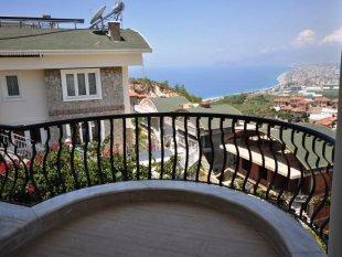 ویلا در الانیا برای فروش – از منظزه دریا و قلعه باستانی لذت ببرین